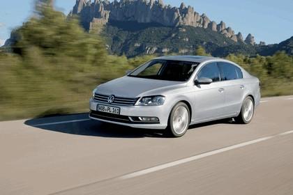 2010 Volkswagen Passat 12