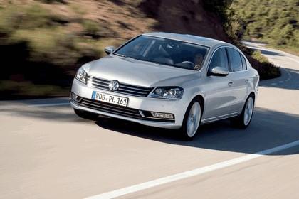 2010 Volkswagen Passat 13