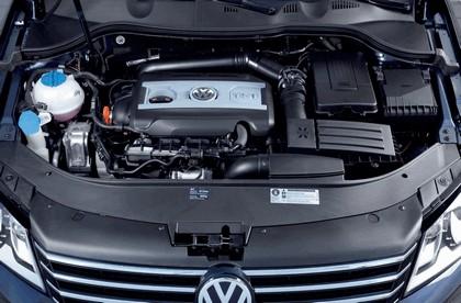 2010 Volkswagen Passat 26