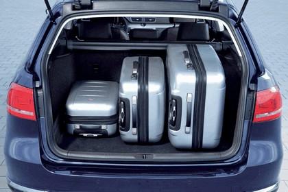 2010 Volkswagen Passat Variant 24