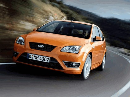 2005 Ford Focus ST 3-door european version 6