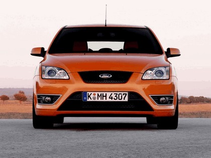 2005 Ford Focus ST 3-door european version 10