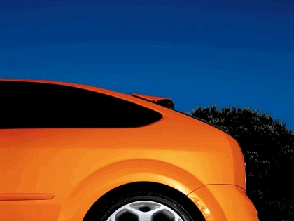 2005 Ford Focus ST 3-door european version 15
