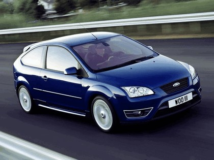 2005 Ford Focus ST 3-door european version 28