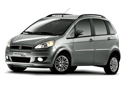 2010 Fiat Idea - Brasilian version 1