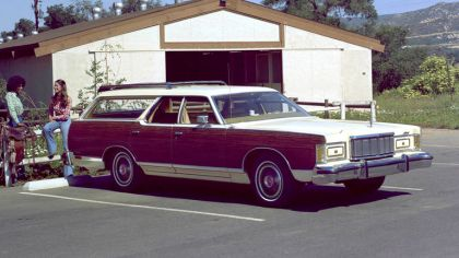 1977 Mercury Colony Park 4