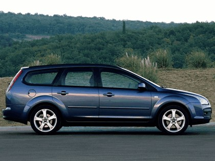 2005 Ford Focus Wagon european version 2