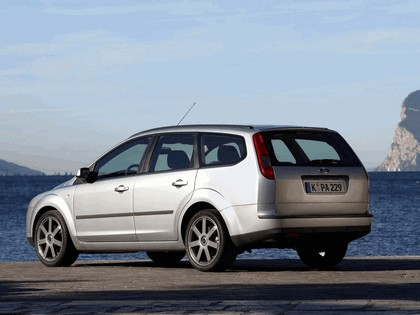 2005 Ford Focus Wagon european version 5