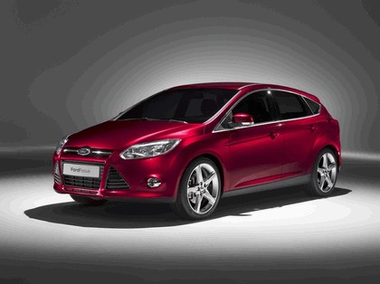 2010 Ford Focus hatchback 14