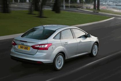 2010 Ford Focus sedan 6
