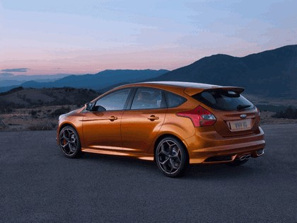 2010 Ford Focus ST 2