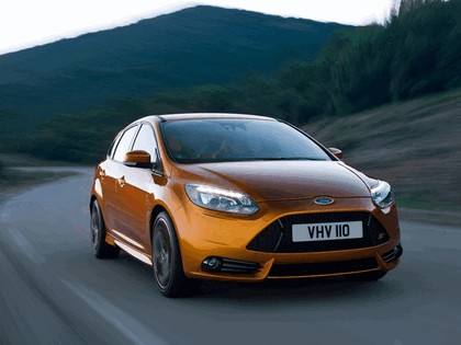 2010 Ford Focus ST 7