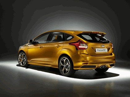 2010 Ford Focus ST 23