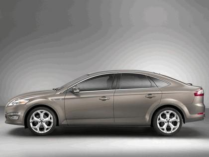 2010 Ford Mondeo hatchback 2