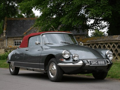 1965 Citroen DS21 Cabriolet 1