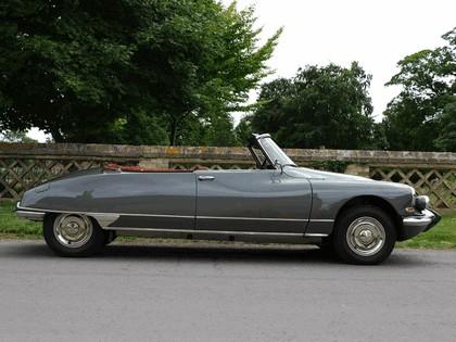 1965 Citroen DS21 Cabriolet 2