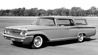 1960 Mercury Commuter Country Cruiser 1