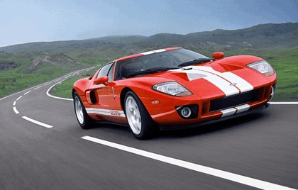 2005 Ford GT 33