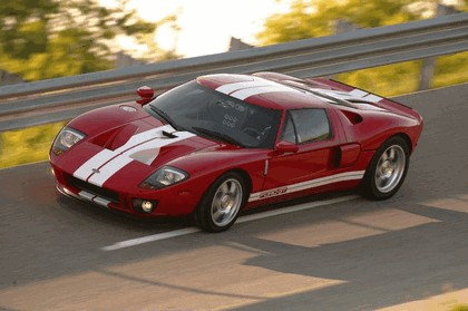 2005 Ford GT 36