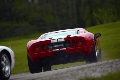 2005 Ford GT 39