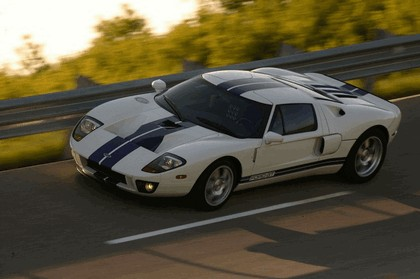 2005 Ford GT 46