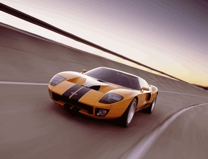 2005 Ford GT 68