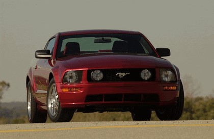 2005 Ford Mustang GT 7