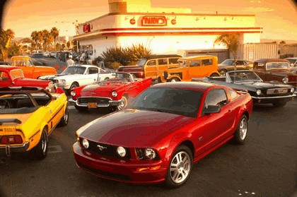 2005 Ford Mustang GT 23