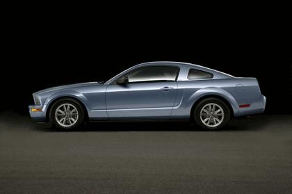 2005 Ford Mustang V6 9