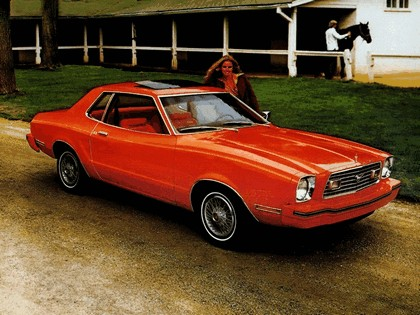 1977 Ford Mustang coupé 3
