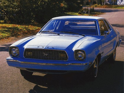 1977 Ford Mustang coupé 5