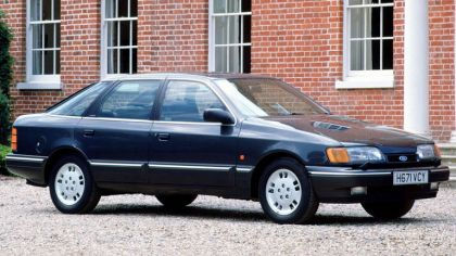 1985 Ford Granada hatchback 7