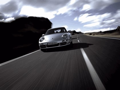 2005 Porsche 911 Carrera 11
