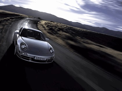2005 Porsche 911 Carrera 16