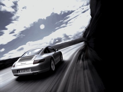 2005 Porsche 911 Carrera 17