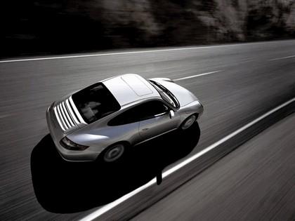 2005 Porsche 911 Carrera 18