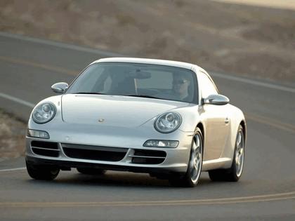 2005 Porsche 911 Carrera 26