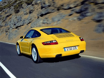 2005 Porsche 911 Carrera 42