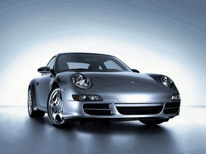 2005 Porsche 911 Carrera S 2