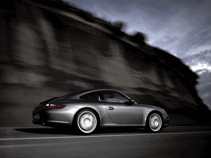 2005 Porsche 911 Carrera S 20