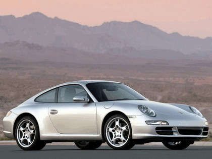 2005 Porsche 911 Carrera S 26