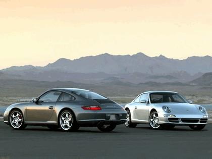2005 Porsche 911 Carrera S 32