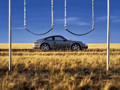 2005 Porsche 911 Carrera S 38