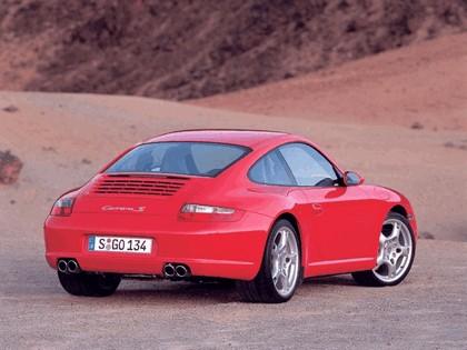 2005 Porsche 911 Carrera S 43