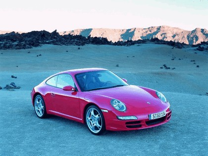 2005 Porsche 911 Carrera S 44