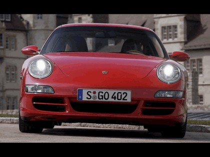 2005 Porsche 911 Carrera S 102