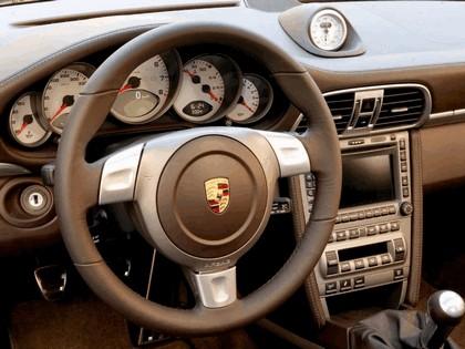 2005 Porsche 911 Carrera S 130