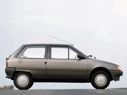 1986 Citroën AX 3-door 15