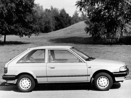 1985 Mazda 323 3-door ( BF ) 2