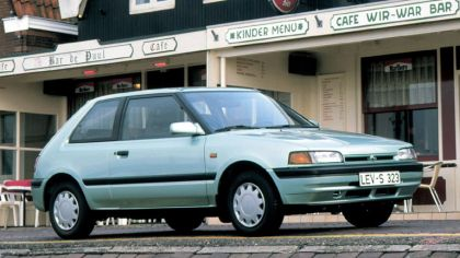 1989 Mazda 323 3-door ( BG ) 2